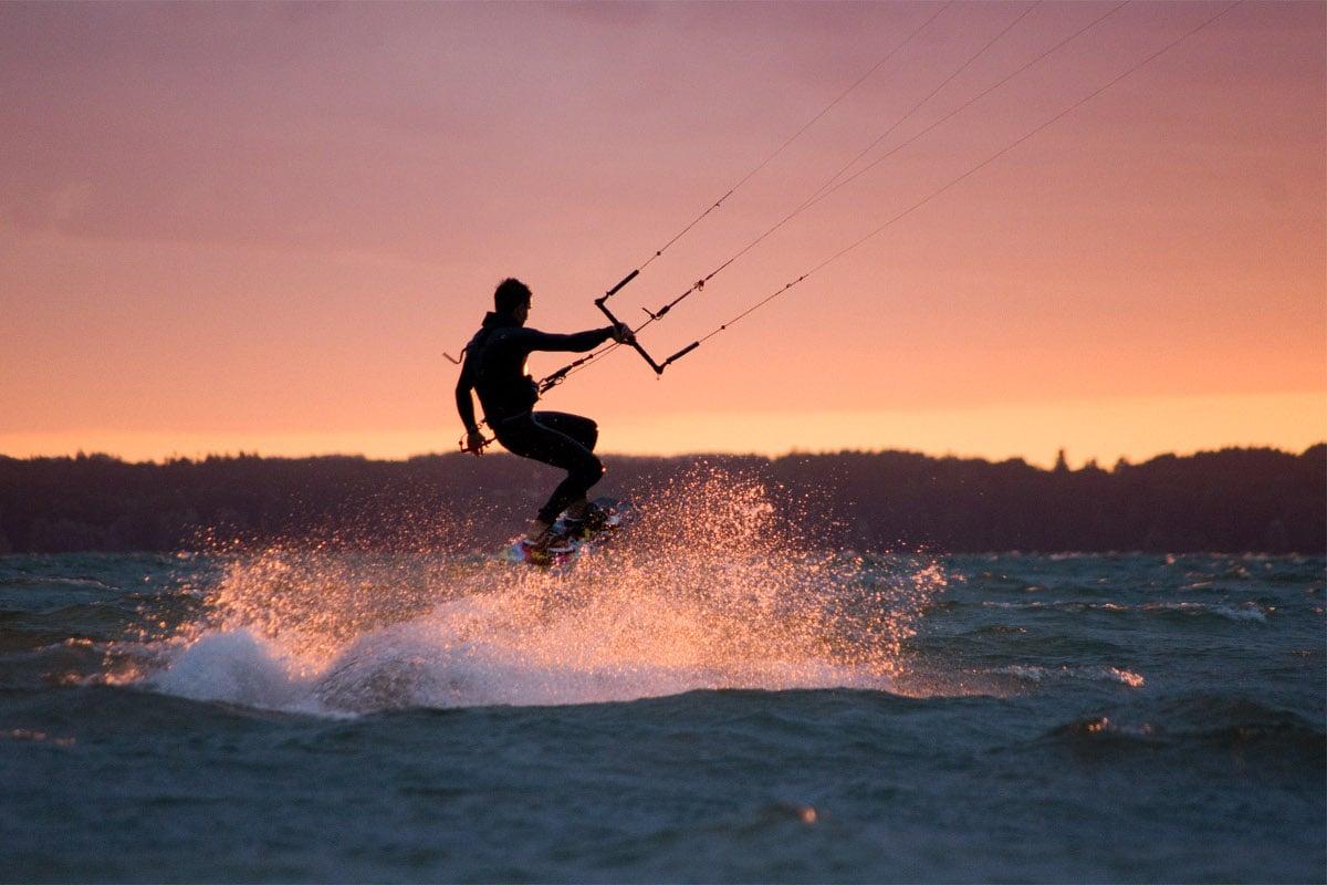 10 Gründe, warum du durch (oder als) Kitesurfen glücklicher wirst